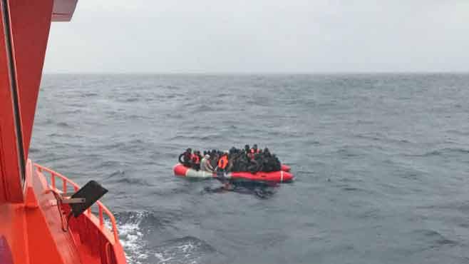 Migranten-patera-Fuerteventura